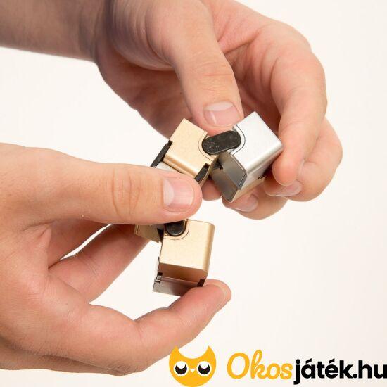 """Infinity Cube - """"Végtelen"""", hajtogatható kocka (FU)"""
