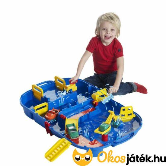 """Aquaplay vizezős, szuper játék vizi utakkal, hajókkal - összecsukható bőröndben (ap516) (HO) """"Utolsó darabok"""""""