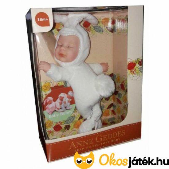 Anne Geddes fehér nyuszi baba