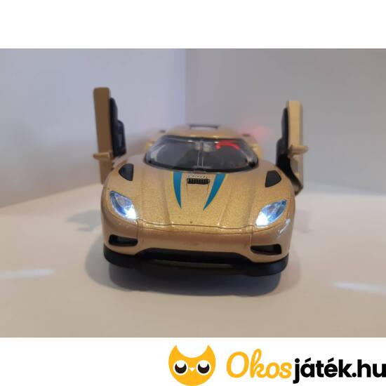 goki sportautó - arany színben