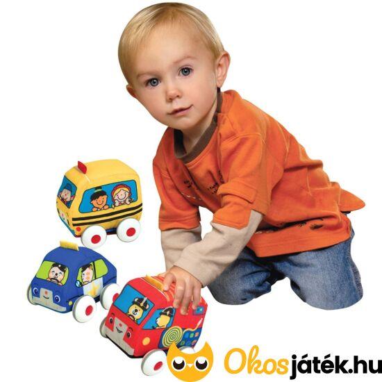 játékautó babáknak