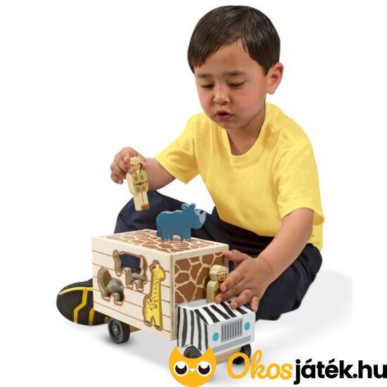 Fa játék teherautó, állatszállító autó és formabedobó játék egyben - Melissa 15180 (ME-73)