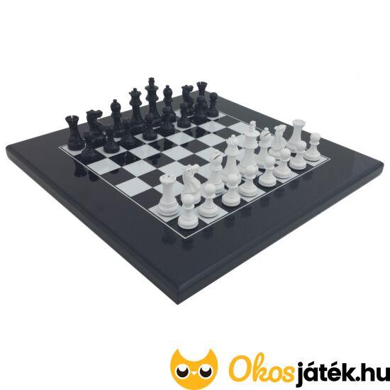 Fekete-fehér lakkozott, súlyozott fa sakk készlet - Italfama G1026BN+347NB
